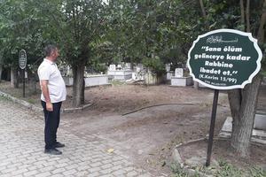 Çine Ayaklı Mezarlığında su ve temizlik sıkıntısı olduğuna dair yapılan eleştirilerin gerçeği yansıtmadığı ifade edildi.