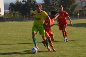 Aydın Amatör Süper Lig'in iddialı ekibi Çine Madranspor 3. hazırlık maçında Ersa Sigorta Acarlarspor'u mağlup etti.