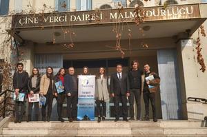Çine Mehmet Tuncer Anadolu Lisesi öğrencileri Etwinning Projesi kapsamında meslekleri yerinde inceledi.
