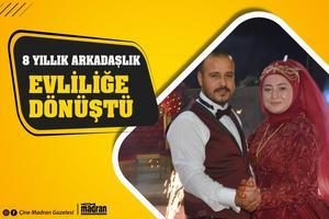 Çine Hüseyin Özkan Ortaokulu'nda 8 yıl önce tanışan Serdar Özkaya ile Fadime Aydın, arkadaşlıklarını evliliğe dönüştürdü.