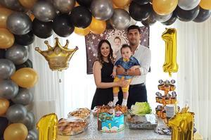 Çineli komiser Ömer Türken ve eşi Gülsüm Türken'in evladı Kerem Türken 1 yaşına girdi.
