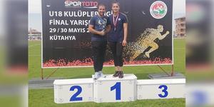 Romanya'da yapılan 49. Balkan U20 Atletizm Şampiyonası'nda Türkiye'yi ve Aydın'ı temsil eden Esra Türkmen, Balkan Şampiyonu oldu.