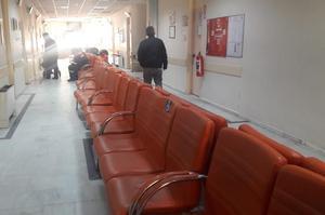 Koronavirüs sonrası Çine Devlet Hastane poliklinik koridoru