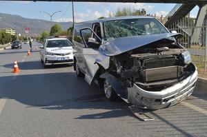 Çine Adnan Menderes Bulvarında meydana gelen trafik kazasında yaralanan olmaması sevindirdi.