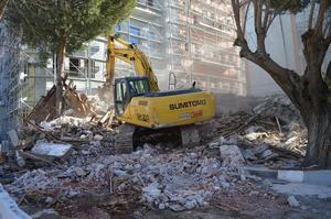 Çine'de 1952 yılından bu yana ilçe emniyet müdürlüğüne hizmet veren bina yıkıldı.
