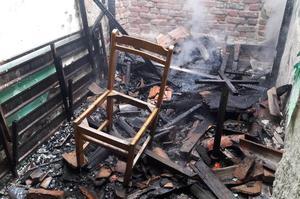 Çine'de metruk bir evde çıkan yangın itfaiye ekiplerince büyümeden söndürüldü.