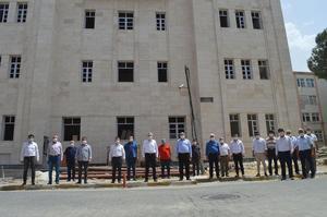 AK Parti Aydın Milletvekili ve TBMM KİT Komisyonu Başkanı Mustafa Savaş, yapımı devam eden modern Çine Hükumet Konağı'nı ziyaret etti. Savaş, konağın Eylül ayı içerisinde hemşehrilerinin hizmetine açılacağını duyurdu.