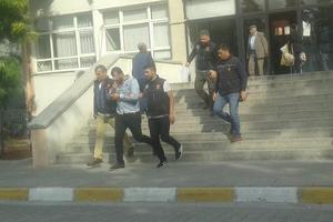 Çine'de bir kişi uyuşturucu madde ticareti yapma suçlaması ile çıkarıldığı mahkemece tutuklanarak cezaevine gönderildi.